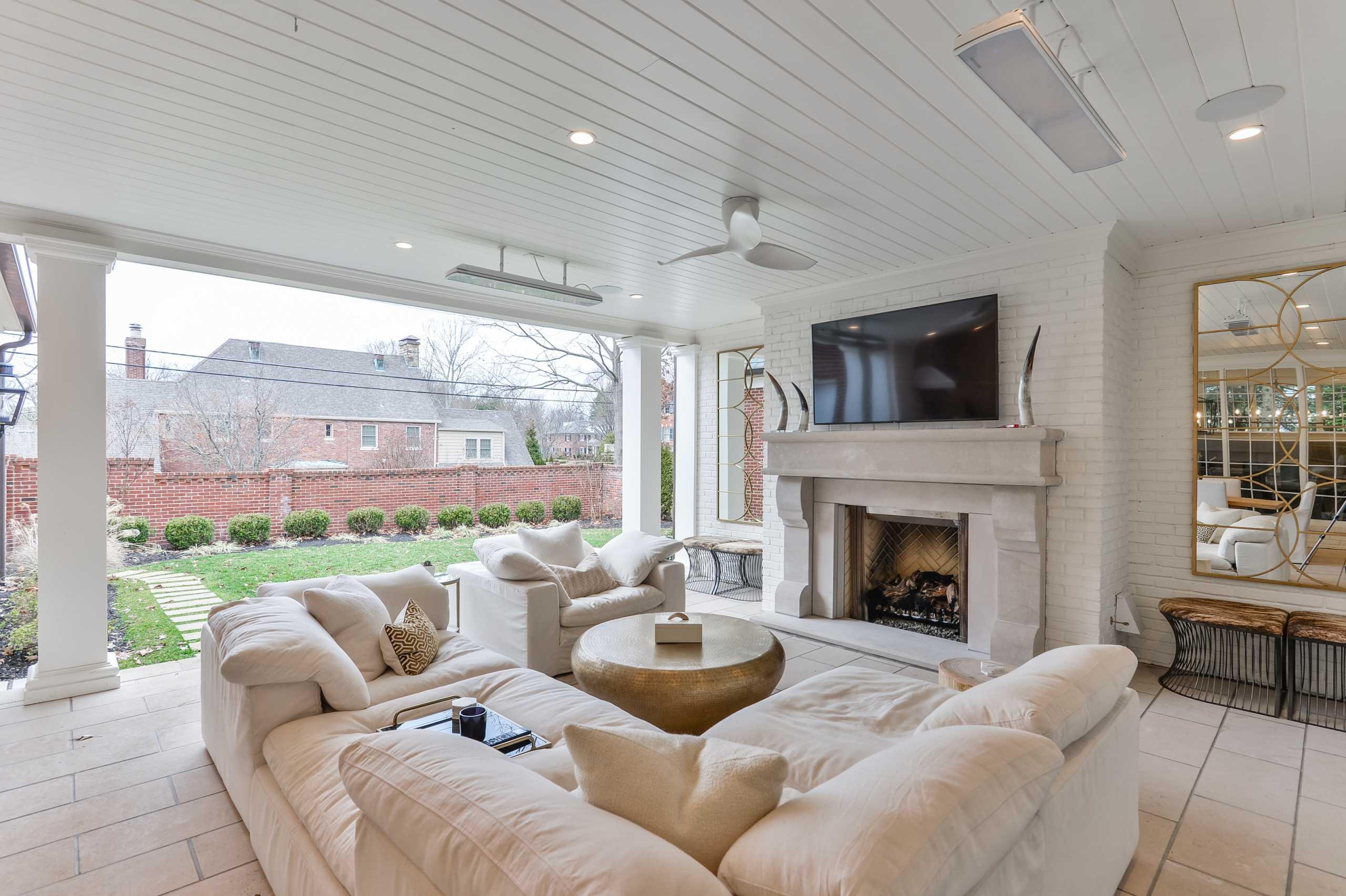 Louisville Outdoor Patio Living Furniture