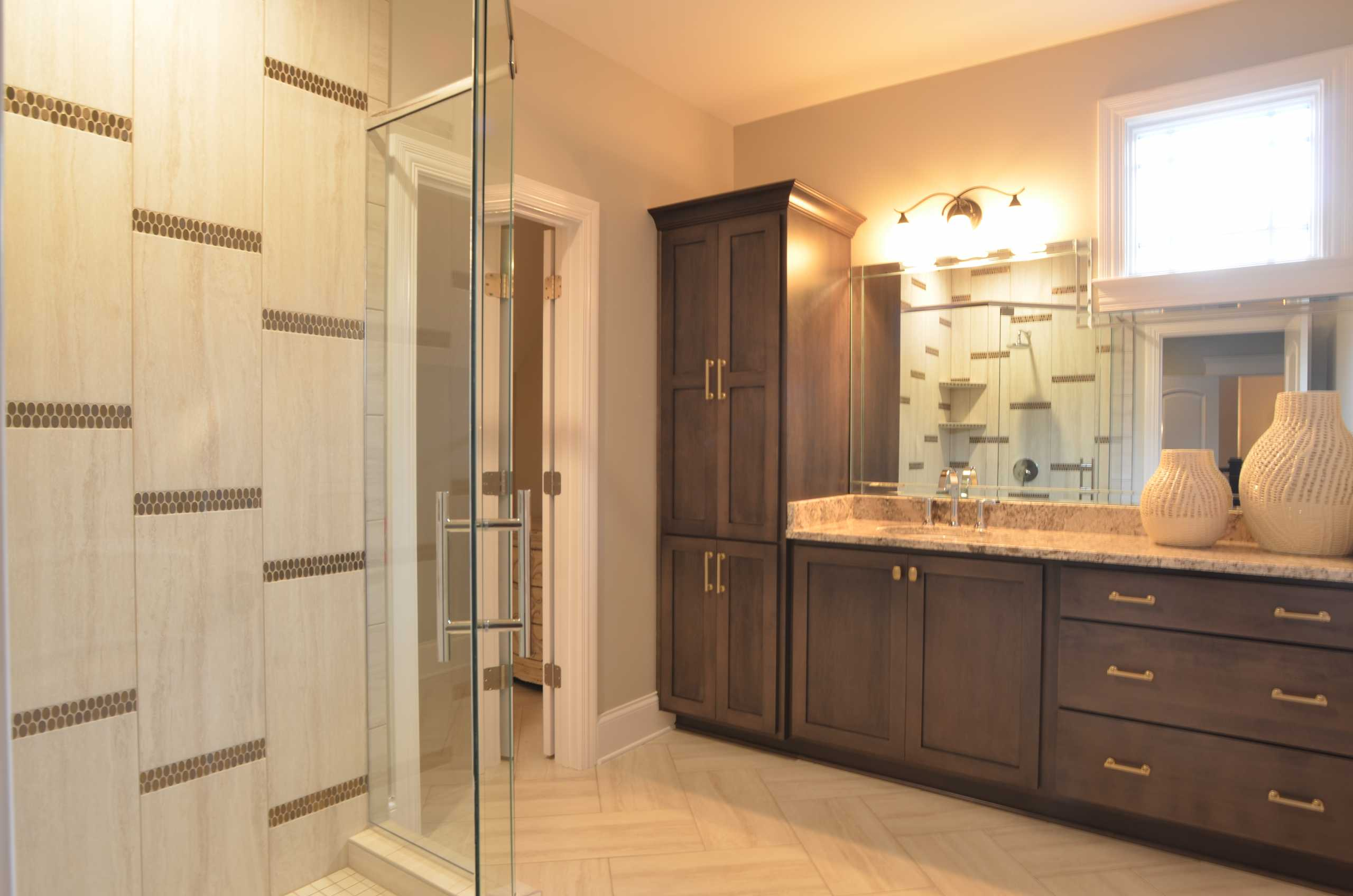 Louisville Custom Bathroom Cabinets